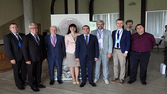 Конференция «Белорусские архивы на рубеже тысячелетий: достижения и потери»